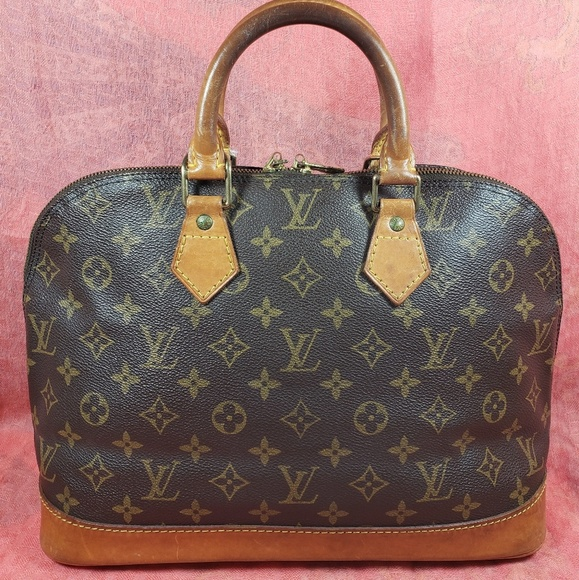 Louis Vuitton Handbags - Authentic Louis Vuitton Monogram Alma PM